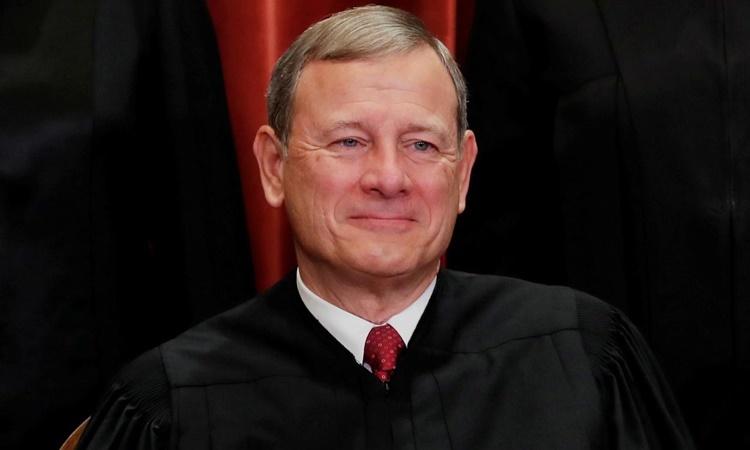 Chánh án John G. Roberts Jr. tại Tòa án Tối cao ở Washington hồi tháng 11/2018. Ảnh: Reuters.