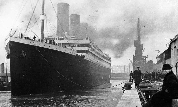 Tàu Titanic ở cảng thành phố Southhampton, Anh năm1912. Ảnh: Business Insider.