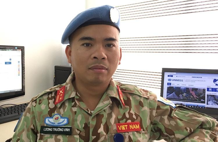 Trung tá Lương Trường Vinh làm nhiệm vụ gìn giữ hoà bình tại Nam Sudan. Ảnh: Cục gìn giữ Hoà bình Việt Nam