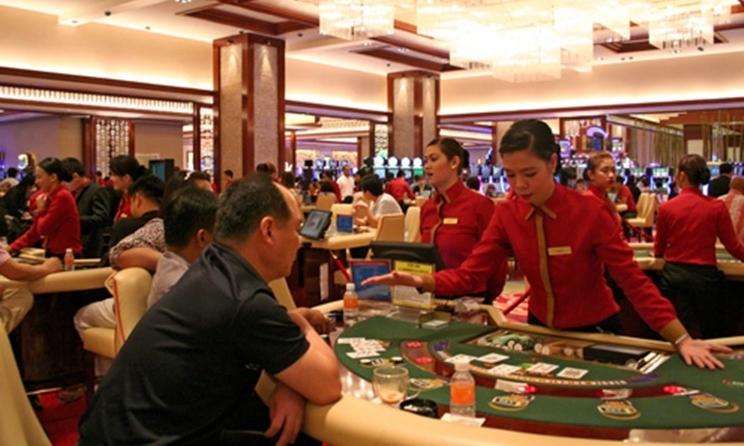 Khách Trung Quốc tại một sòng bạc ở Manila, Philippines. Ảnh: Nikkei.