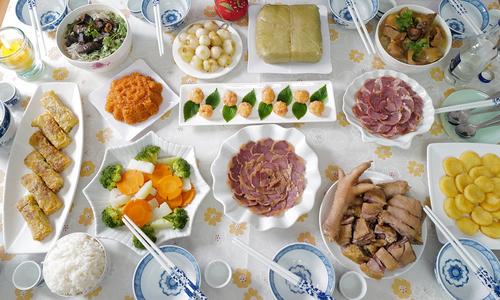 Lễ cúng tất niên của một gia đình Hà Nội - Tết Canh Tý 2020