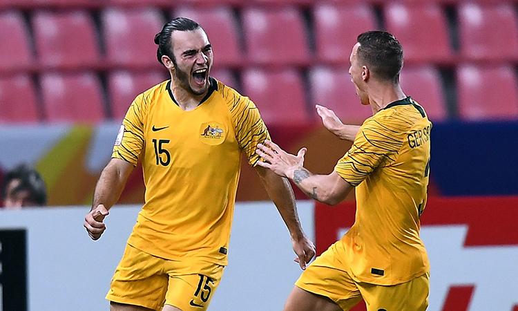 DAgostino (trái) ghi bàn duy nhất giúp Australia thắng trận tranh HC đồng. Ảnh: AFC.