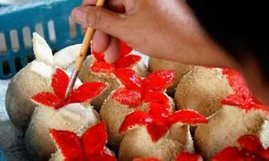 Bánh 'cầu duyên' chỉ bán ngày Tết của người Hoa