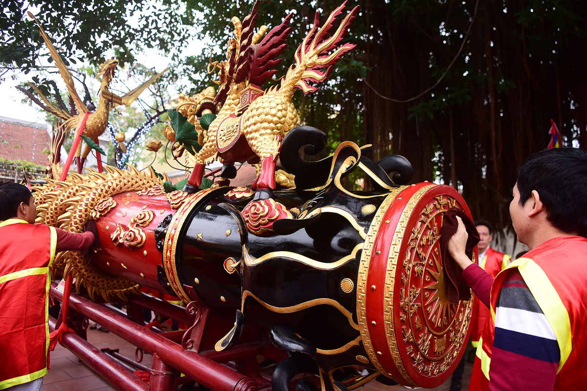 Lễ hội rước pháo khổng lồ ở làng Đồng Kỵ