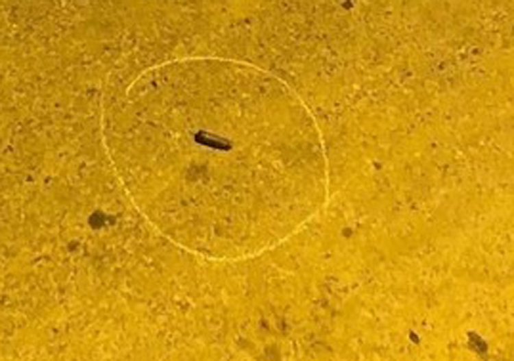 Vỏ đạn tại hiện trường người đàn ông tử vong.