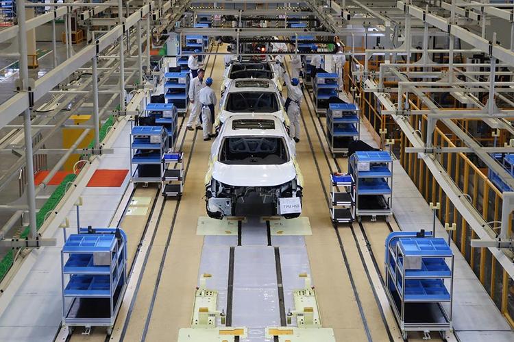 Công nhân làm việc tại nhà máy Hondao ở Vũ Hán. Ảnh: Reuters, tháng 4/2019