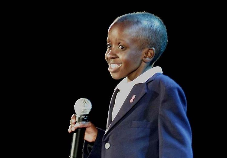Nkosi Johnson phát biểu trong hội nghị về AIDS năm 2000. Ảnh: The Citizen
