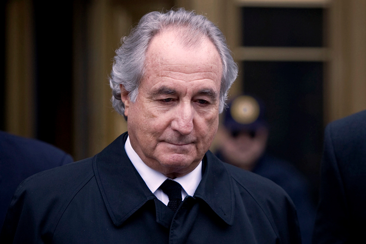 Bernard Madoff trong năm 2009. Ảnh: Jin Lee/Bloomberg.