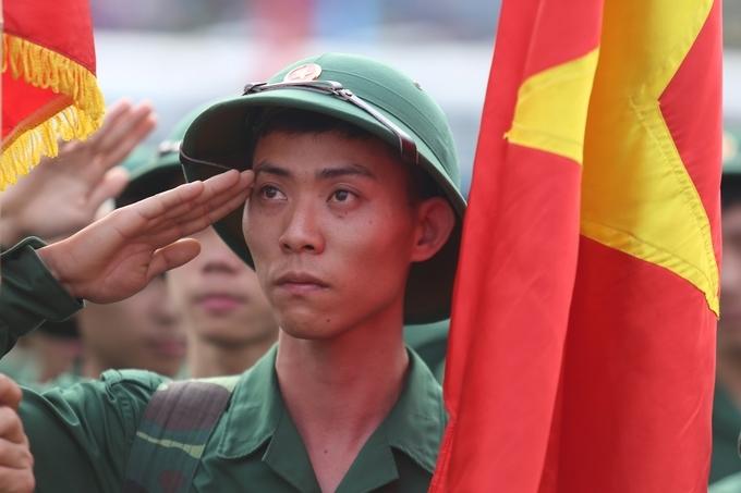 Thanh niên Hà Nội lên đường nhập ngũ năm 2019. Ảnh: Gia Chính