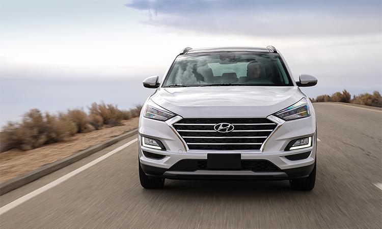 Tucson 2019 giá t? 23.400 USD t?i M?. ?nh: Hyundai.