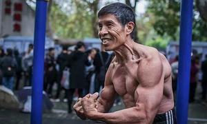 Nhà vô địch thể hình Trung Quốc chết vì virus corona
