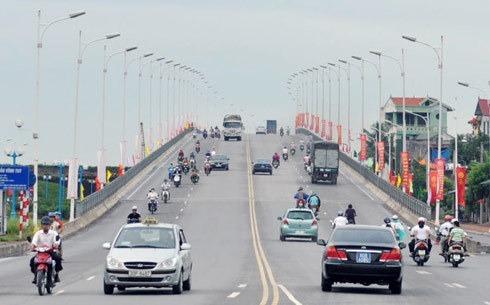 Cầu Vĩnh Tuy giai đoạn 1, khánh thành năm 2010. Ảnh: Quang Xuân