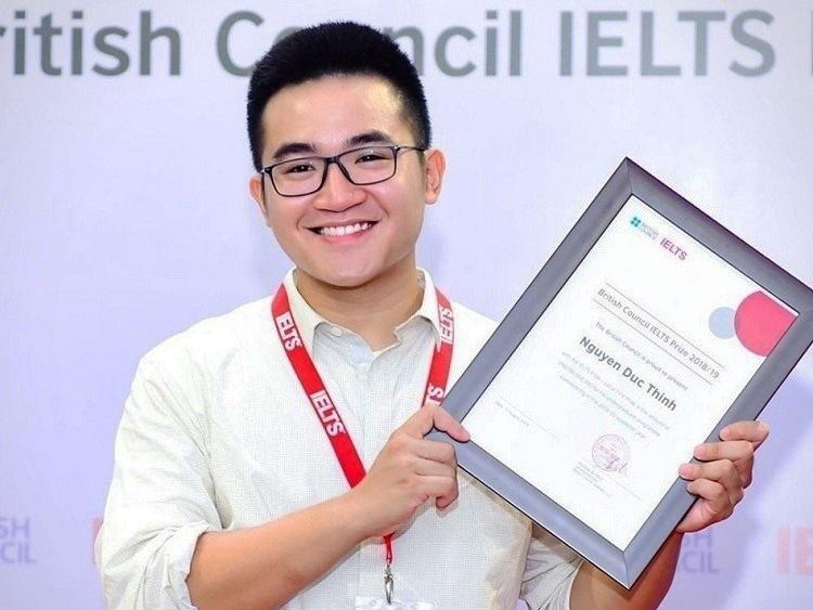 Nguyễn Đức Thịnh nhận giải IELTS Prize 2019. Ảnh: Nhân vật cung cấp