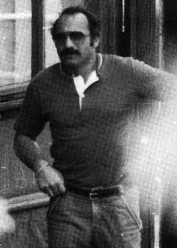 Joseph diễn vai tội phạm đạt tới mức cảnh sát địa phương lập hồ sơ theo dõi ông. Ảnh: FBI.
