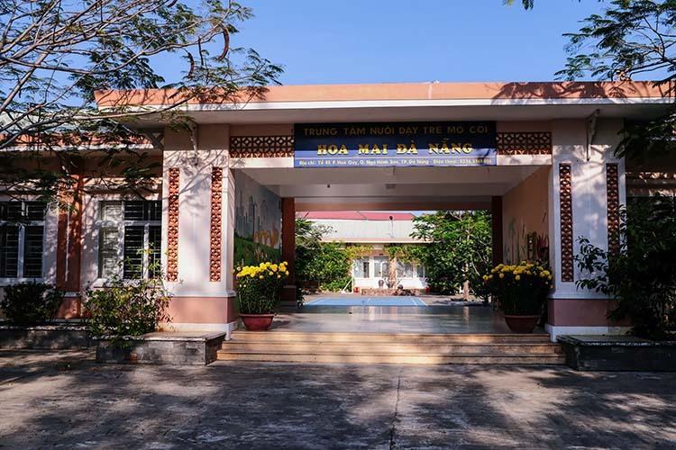 Trung tâm nuôi dạy trẻ mồ côi Hoa Mai cho các trẻ ở nội trú về nhà hai tuần qua. Ảnh: Nguyễn Đông.