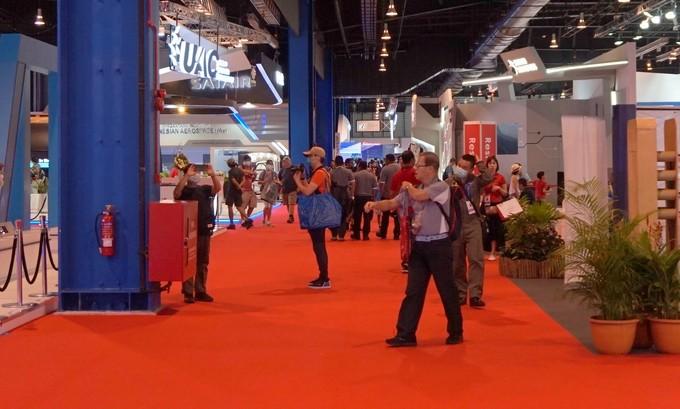 Triển lãm hàng không Singapore đông khách bất chấp nCoV
