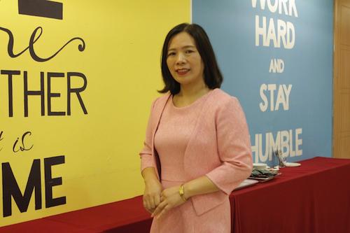 Cô Phạm Thị Thúy Ngọc khuyên phụ huynh nên cùng con lập kế hoạch học tập tại nhà.