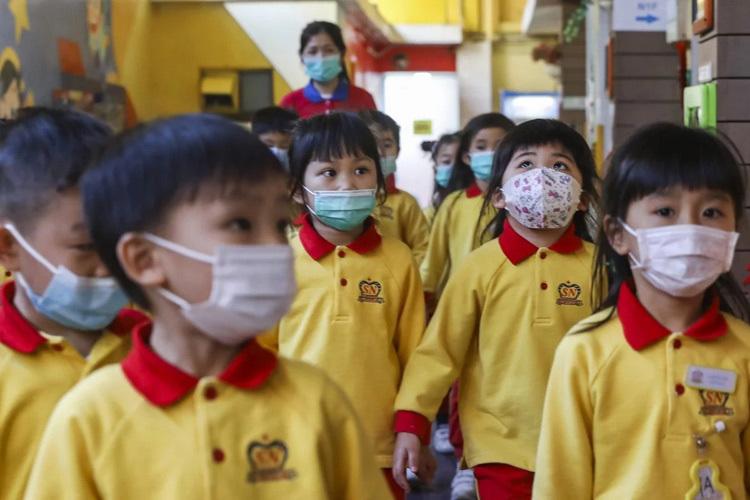 Hong Kong cho học sinh nghỉ học đến ngày 16/3. Ảnh: Sam Tsang.