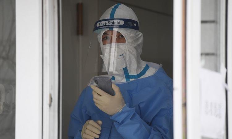 Nhân viên y tế tại một bệnh viện ở Bắc Kinh, Trung Quốc hôm 14/2. Ảnh: AFP.