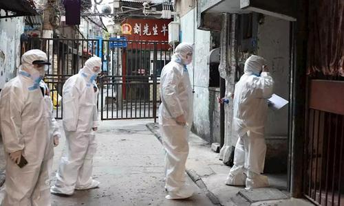 Vũ Hán gõ cửa từng nhà tìm người nhiễm bệnh