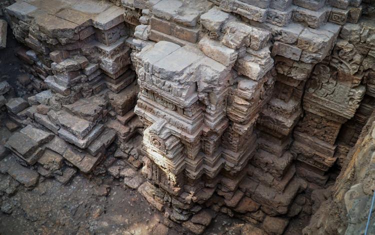 Dấu tích đền tháp cổ được phát hiện ở Tây Ninh. Ảnh: Hoàng Trường.