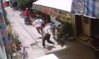 Hai tên trộm vứt lại xe máy của mình khi bị phát hiện