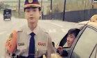 Nam tài xế cố tình bị phạt để tán tỉnh nữ cảnh sát