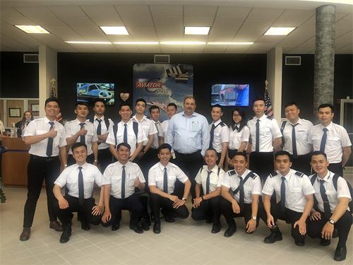 Tiếp nối quá trình học tập và rèn luyện ở nước ngoài, học viên VAS sẽ trở về Việt Nam để hoàn thành giai đoạn đào tạo tiếp theo tại VinAviation School.