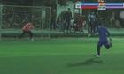 Thủ môn Việt Nam nhận bàn thua vì ăn mừng quá sớm