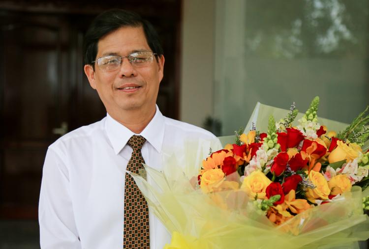 Ông Nguyễn Tấn Tuân sau khi được HĐND tỉnhbầu giữ chức Chủ tịch tỉnh Khánh Hòa. Ảnh: Xuân Ngọc.