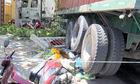 Xe container tông 5 xe máy