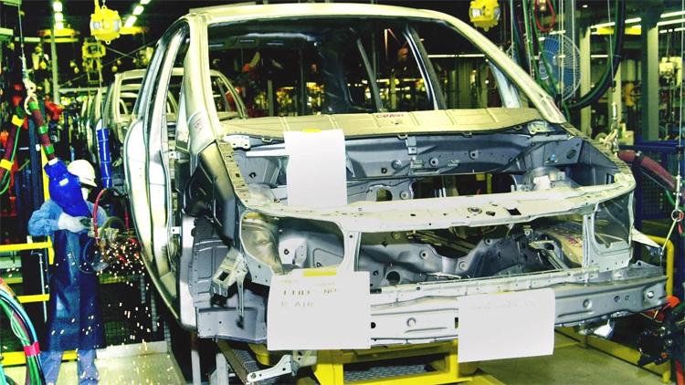 GM mở nhà máy lắp ráp ở tỉnh Rayong, Thái Lan, năm 2000. Việc rút khỏi quốc gia này sẽ khiến Trung Quốc và Hàn Quốc trở thành haicơ sở còn lại của GM tại châu Á. Ảnh: AP