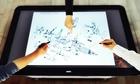 Tại sao màn hình cảm ứng điều khiển được thiết bị?