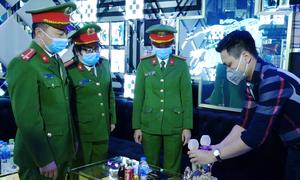 Rà soát khách nước ngoài lưu trú phòng dịch nCoV