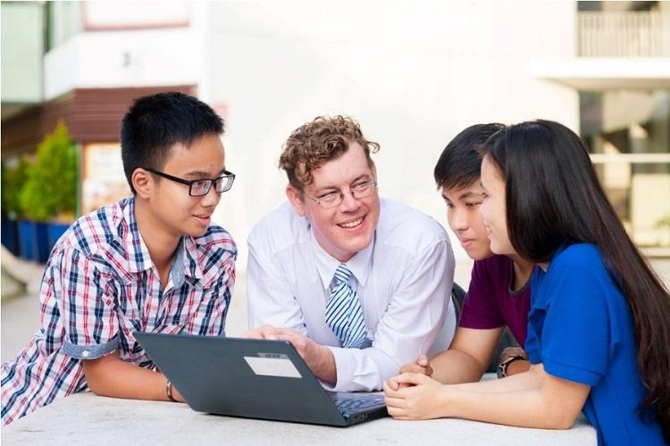 Lớp học trực tuyến Yola Smart giữ nguyên chất lượng giảng dạy như lớp học truyền thống.