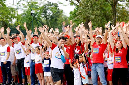 Giải chạy Edurun hàng năm đã kết nối hàng nghìn học sinh, gia đình và nhiều cơ quan tổ chức, các nghệ sĩ nổi tiếng cùng tham gia, sẻ chia thông điệp về lòng nhân ái.