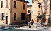 Sống trong 'vùng phong tỏa' tại Italy