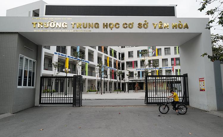 Trường THCS Yên Hòa, Cầu Giấy chiều 28/2. Ảnh: Ngọc Thành.