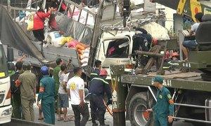 3 người chết kẹt trong xe tải chở gạo