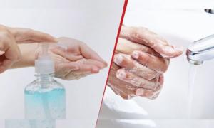 Nên rửa tay bằng gel hay xà phòng?