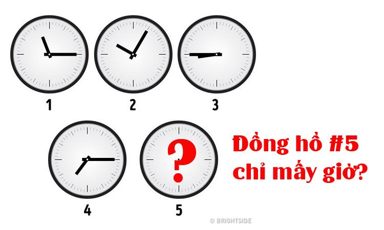 Đồng hồ số năm chỉ mấy giờ?