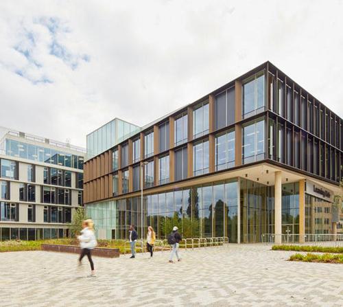 Học bổng tới 50% tại ĐH Northampton, Anh