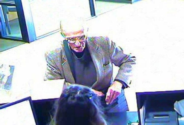 Lần cướp ngân hàng gần nhất của Robert là vào tháng 1/2018. Ảnh: Tucson Police Department.