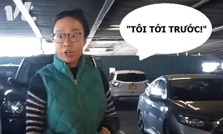 Hai mẹ con Trung Quốc giành chỗ đậu ôtô dù xe chưa tới