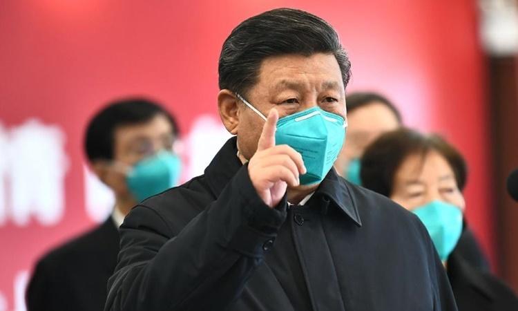 Chủ tịch Trung Quốc Tập Cận Bình trong chuyến thăm Vũ Hán ngày 10/3. Ảnh: Xinhua.