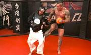 Youtuber hổ báo nhận cơn mưa đòn vì thách đấu võ sĩ MMA