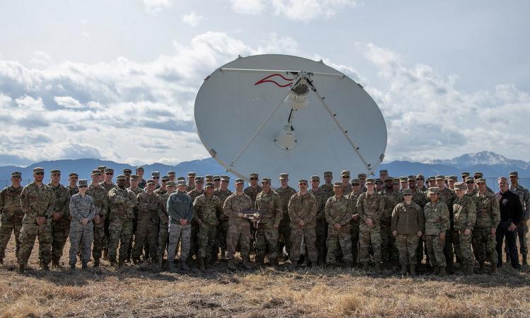 Binh sĩ Mỹ bên cạnh ăng tên CCS trong lễ biên chế hôm 12/3. Ảnh: USPF.