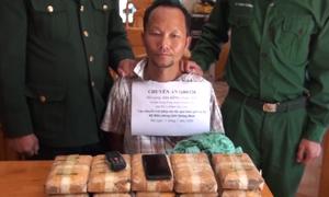 Người đàn ông Lào mang 60 nghìn viên ma tuý bị bắt giữ