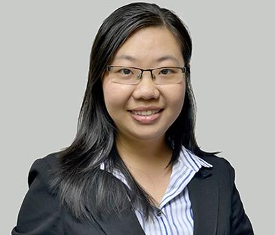 Bà Bành Phạm Ngọc Vân, Giám đốc Thị trường Việt Nam, Cơ quan Giáo dục New Zealand giải đáp thắc mắccho học sinh về môi trường học tập tại xứ sở Kiwi.