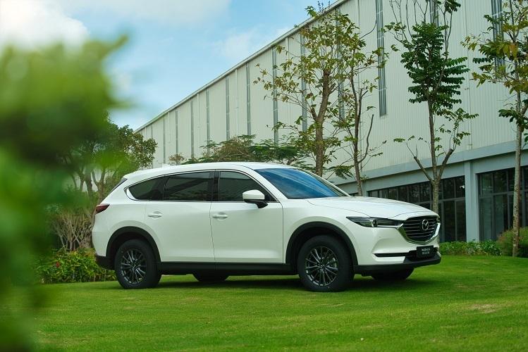 Mazda CX-8 có kích thước vượt trội so với các mẫu SUV tầm giá dưới 1,1 tỷ đồng tại Việt Nam.